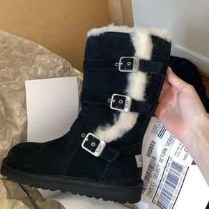 $55 never worn before UGG BOOTS